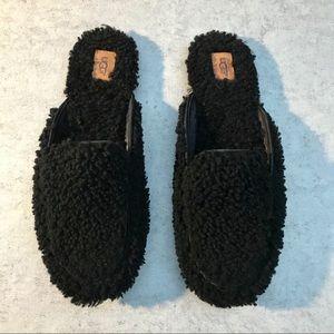 UGG Lane Fluff Loafer Slippers Scuffs Women's  NEW
